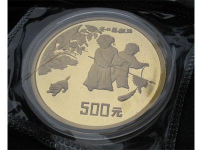 """""""冬日嬰戲圖""""1/2盎司紀念金幣鑄造工藝特殊"""